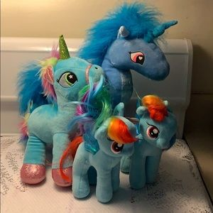 Other - Bundle of Little Ponies